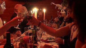 Джени смит в бильярдном диско баре светит упругой задницей